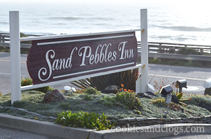 San Pebbles Inn in Cambria, California CA Family-Friendly near ocean and Moonstone Beach