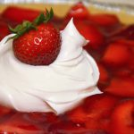 Easy Strawberry Pie Recipe #FMcoolwhipmoms #spon