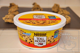 Nestle Toll House Chocolate Chip Cookies Tub