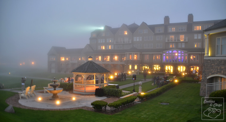 Ritz Carlton Half Moon Bay California Coast Hotel Dog Friendly Yy Hour Fog Dusk