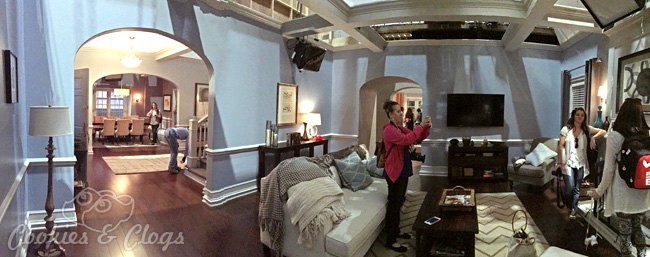 Behind The Scenes Set Tour Black Ish additionally Auto Car Showrooms Ireland in addition List of Drake  26 Josh characters additionally Story also Modern City Download. on big modern house