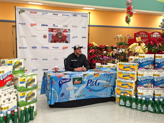 49ers Joe Staley at Lucky Supermarket in San Bruno, CA for P&G