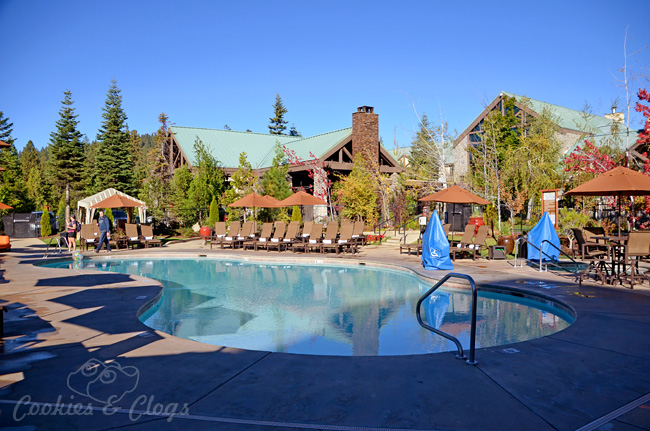 Tenaya lodge review near yosemite national park ca for Fish camp ca lodging