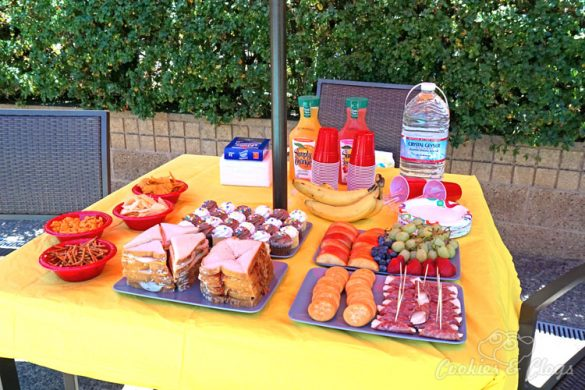 Tablescape | Special Events | Party Ideas | Want to throw a last-minute end of summer pool party for the kids? Here are three simple tips to keep your event stress-free and within budget.