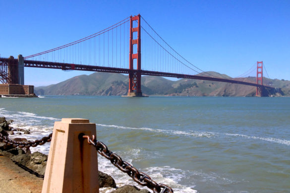 Cookies & Clogs | Travel | Looking for things to do in San Francisco with the family? Try these six day trips to see different parts of the city including Fisherman's Wharf, Chinatown, the Presidio, Muir Woods, and more. Blue skies and the Golden Gate Bridge
