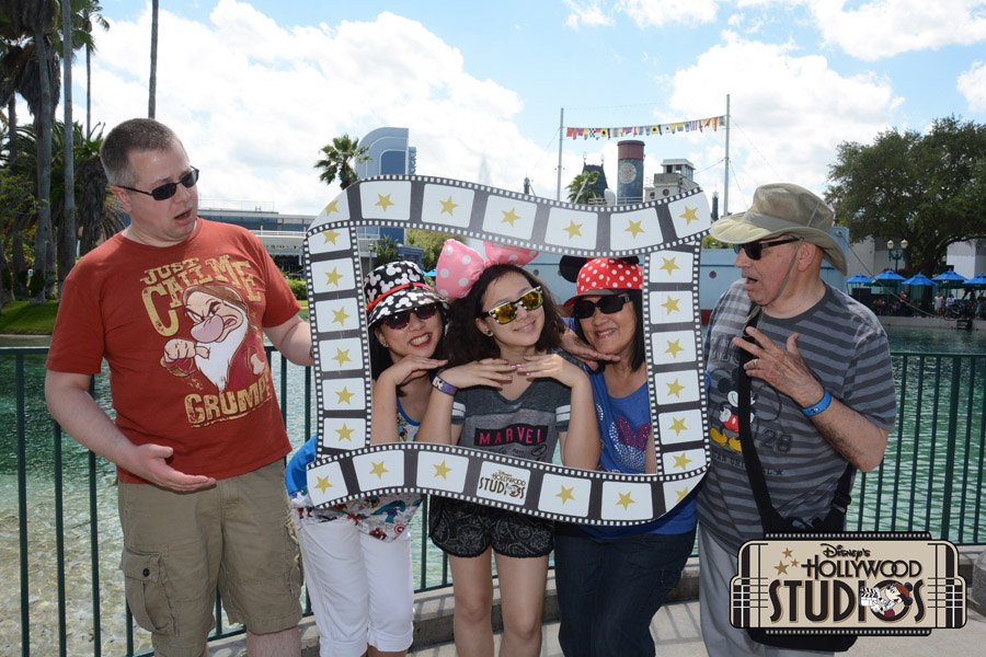 Cookies & Clogs | Travel | If you plan on visiting Walt Disney World, Disney PhotoPass and Memory Maker can make your family vacation even more special. Check out these reasons you'll want to take full advantage of it! Hollywood Studios