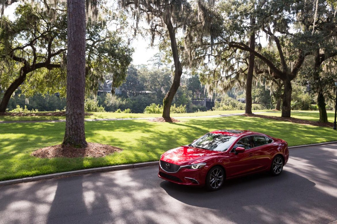 Cookies & Clogs | Travel | Cars | Check out a few things to do and places to eat in Bluffton and Hilton Head Island in South Carolina. Together with Mazda, I explored the area and learned a thing or two about the vehicles in the process.