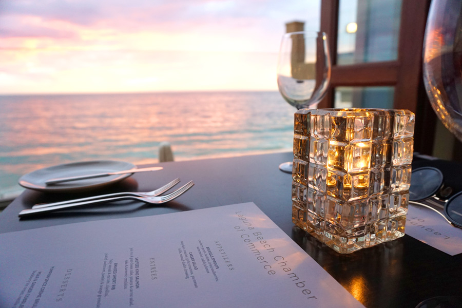 Cookies & Clogs | Travel | The next time you plan on going to Disneyland, you might want to pop by these places as you travel with kids. See where to stay, what to each, and things to do in Orange County, California. Sunset at Splashes restaurant in Laguna Beach, CA