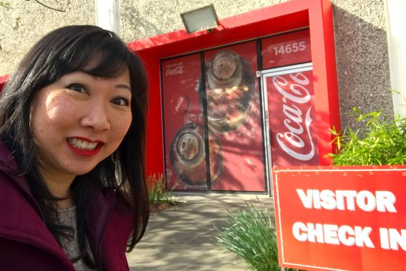 Cookies & Clogs | I recently join in a Coca-Cola bottling plant tour at the facilities in San Leandro, CA. See how bottles are made & how raw ingredients turn into your favorite beverages.