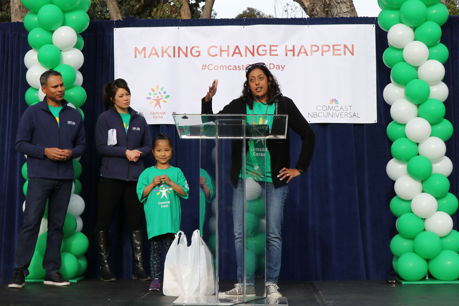 Cookies & Clogs | 2017 Comcast Cares Day at Sutro Elementary in San Francisco, CA + interview with David L. Cohen. Local community project also brings attention to Asian Pacific American Heritage Month. Myra Quadros