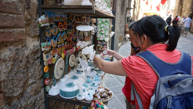 Family travel tips to visiting San Gimignano Italy Shopping, Tourist Info, Photos