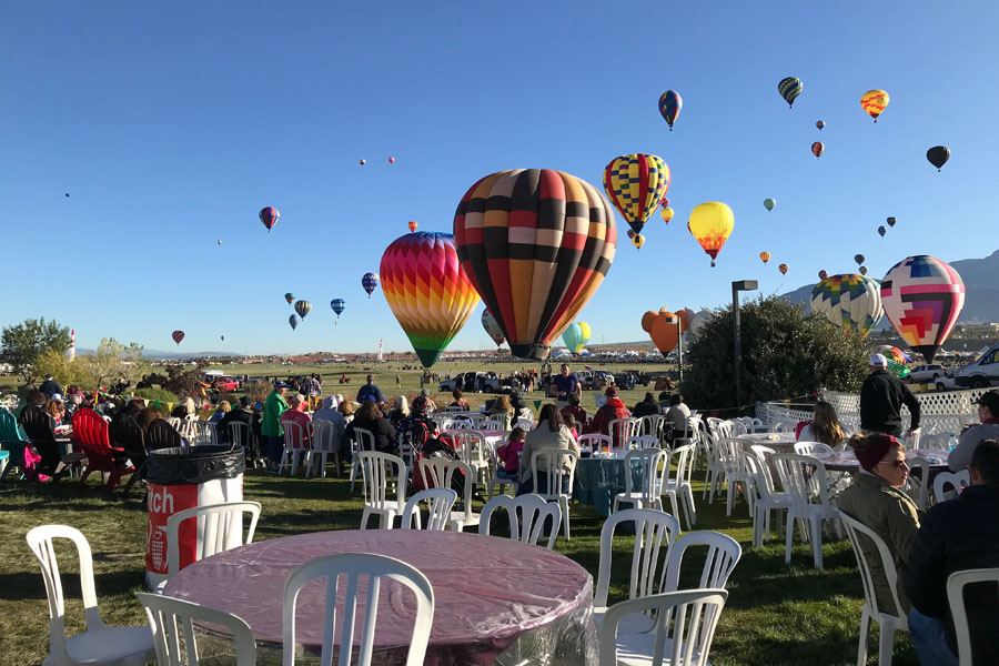 2017 Albuquerque International Balloon Fiesta in New Mexico Special Shape Rodeo Gondola Club