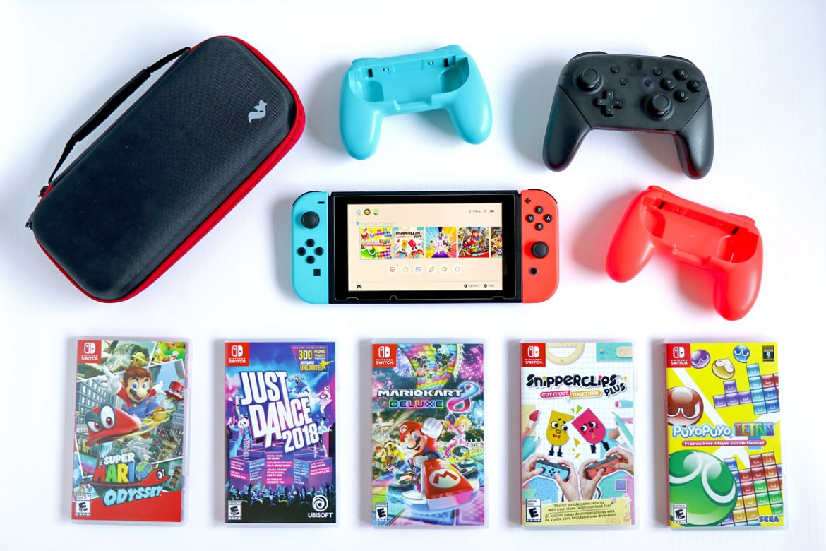Top basic essential Nintendo Switch accessories and games