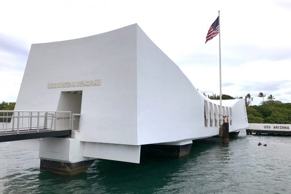 5 tips for visiting Pearl Harbor in Oahu Hawaii and USS Arizona Memorial walk-through.