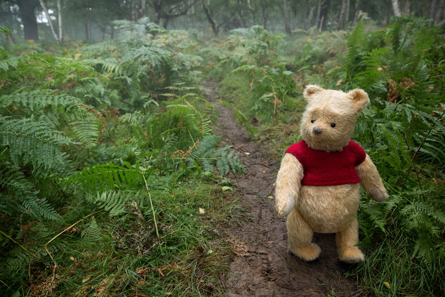 Jim Cummings interview as the Winnie the Pooh voice and Tigger in the Christopher Robin movie. Winnie the Pooh in the Hundred Acre Woods